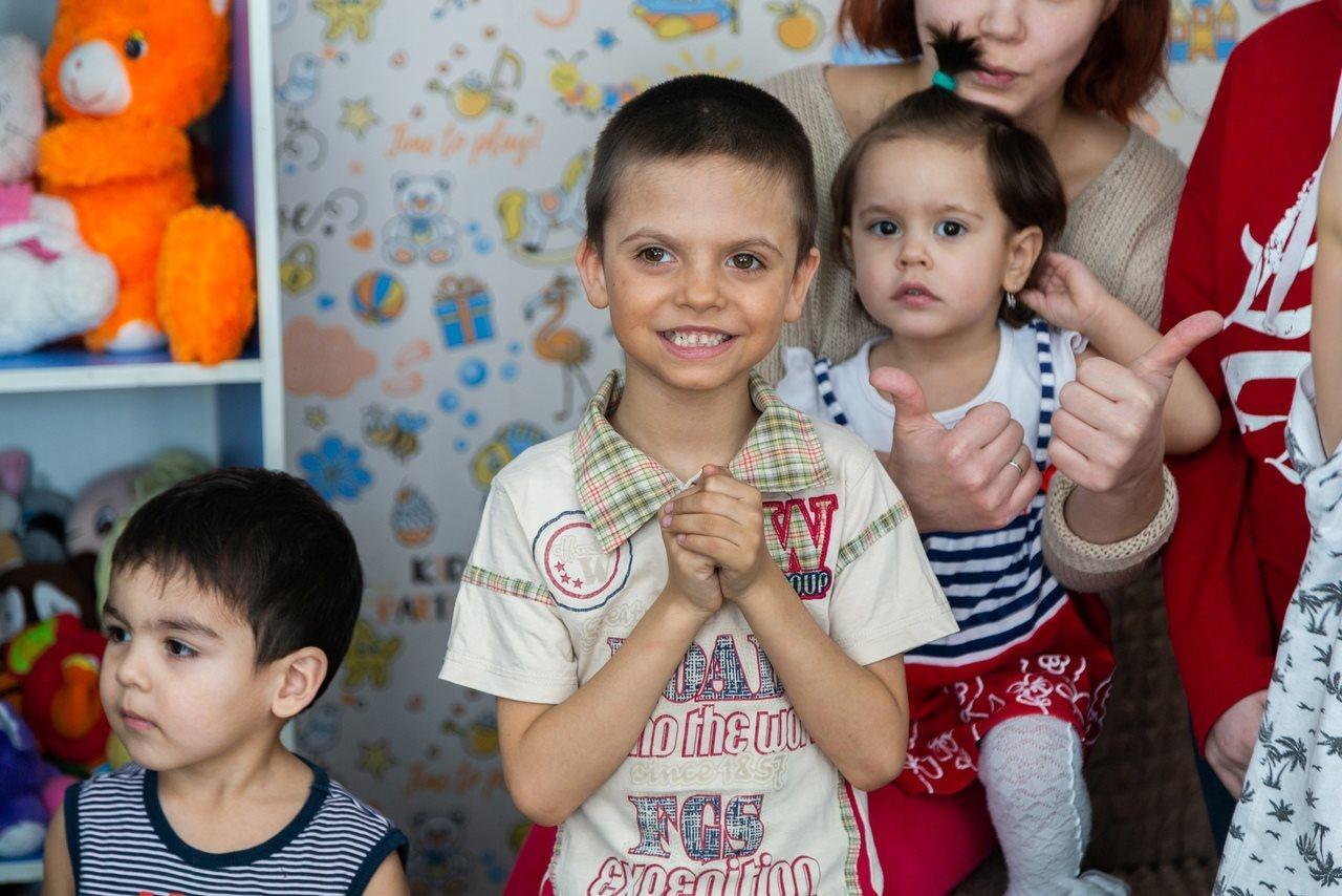 Фото «Награда за годы страданий и голода»: фоторепортаж из новосибирского центра «Мать и дитя», в котором обрели дом уже 8 семей 10