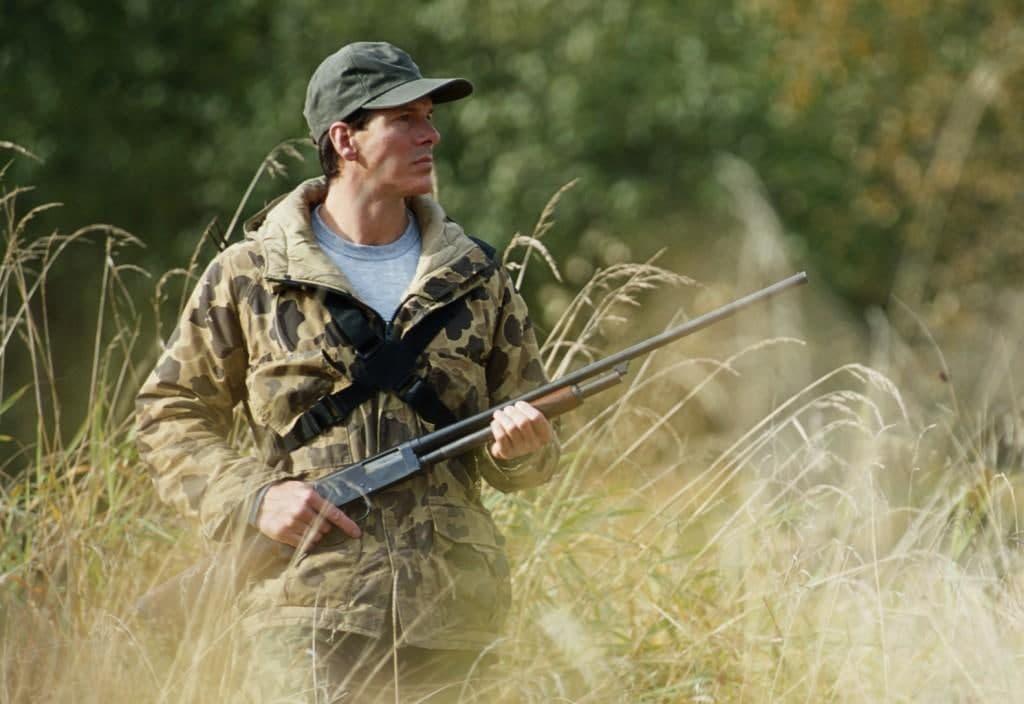 фото «Распугаем животных за много километров!»: новое требование о яркой одежде в лесу удивило охотников 2