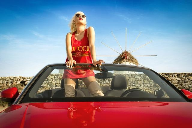 фото Как развести мужчину на машину к 8 Марта: чему учат женщин на тренингах за десятки тысяч рублей 7