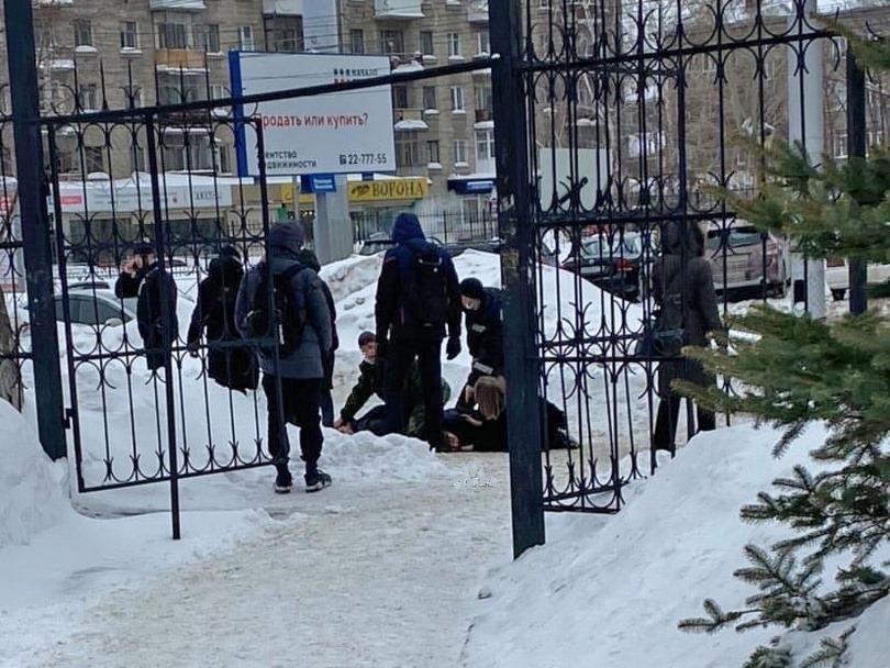 Работа студентам девушкам новосибирск работа в полиции тольятти вакансии для девушек