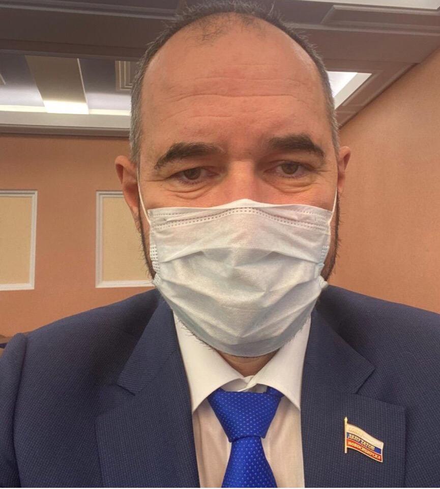 фото Новосибирский депутат горсовета впал в кому после ДТП 2