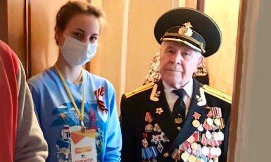 фото «Спасибо за Победу!»: полпред Сергей Меняйло поздравил ветеранов по телефону 4