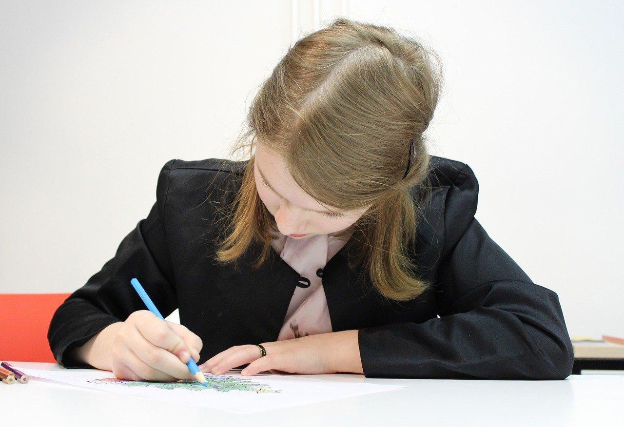 фото Школьники получат аттестат без сдачи экзаменов: постановление Мишустина 2