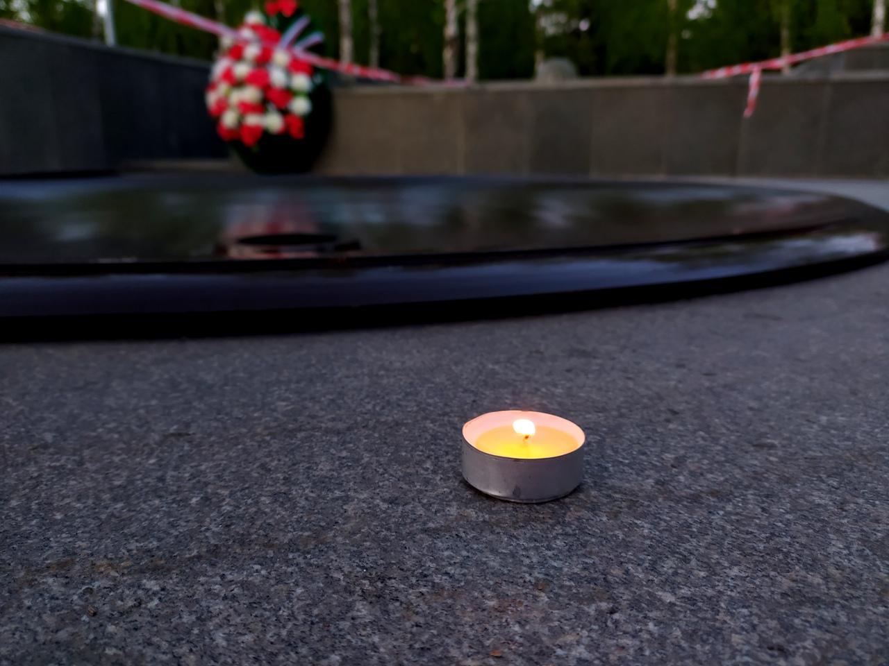 Фото В Новосибирске накануне Дня Победы погасили Вечный огонь 4
