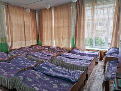 Трёхлетний ребёнок выпал из окна детского сада в Республике Алтай