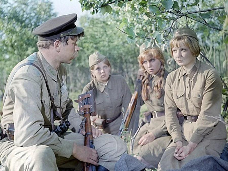 Фото Фильмы о войне, старые песни, парады: что посмотреть на ТВ 9 Мая 5