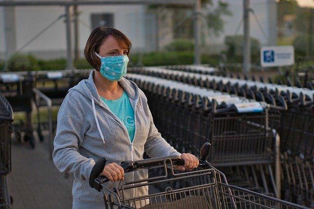 фото Жена экс-губернатора Новосибирской области раскритиковала масочный режим 2