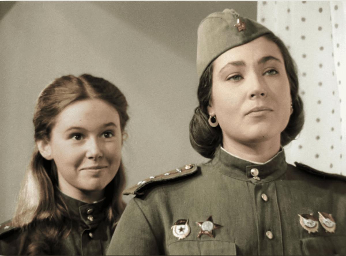 Фото Фильмы о войне, старые песни, парады: что посмотреть на ТВ 9 Мая 2