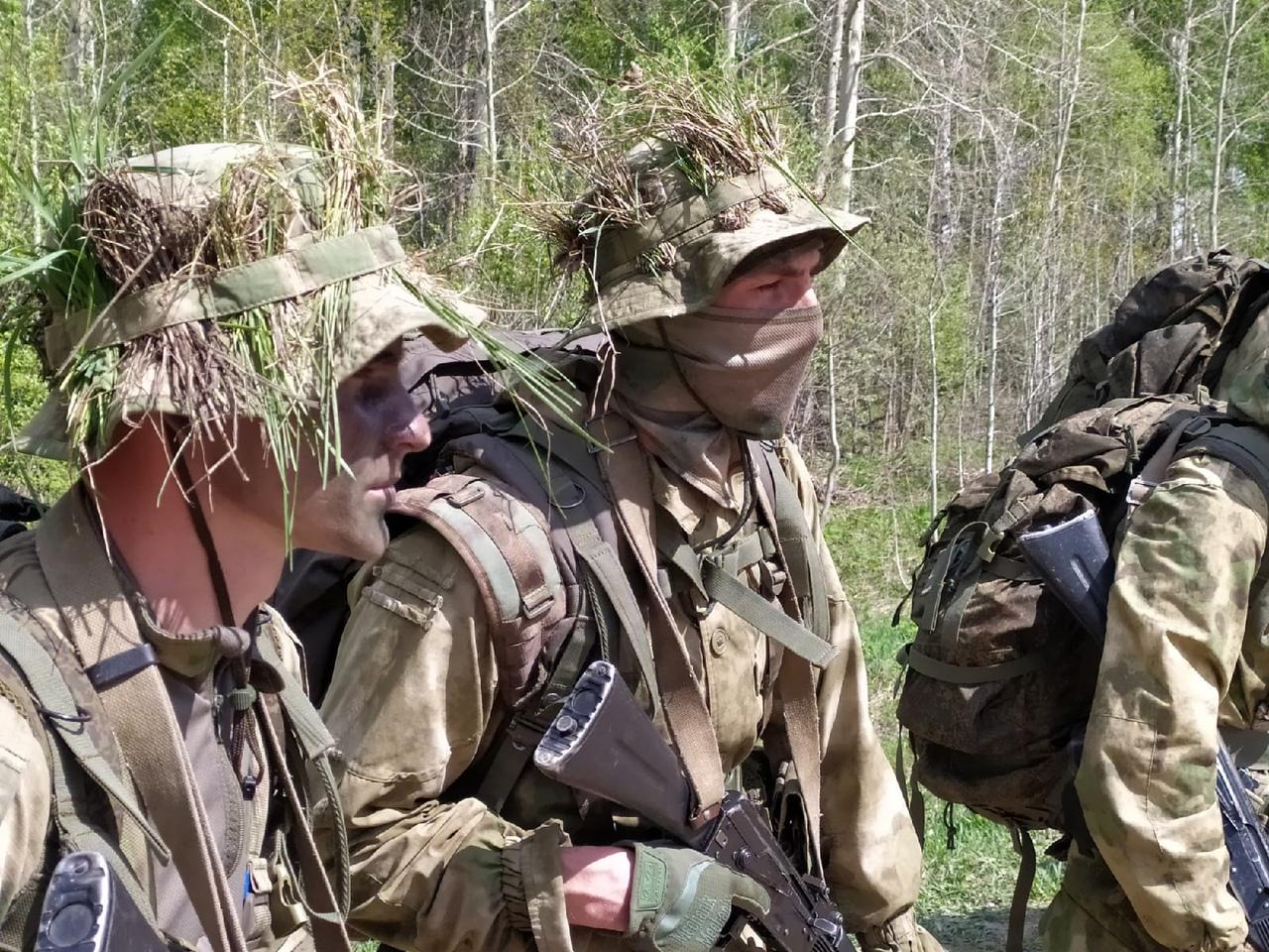 Фото Соревнования военных разведчиков со всей России проходят в Новосибирске: 12 впечатляющих фото с полигона Кольцово 2