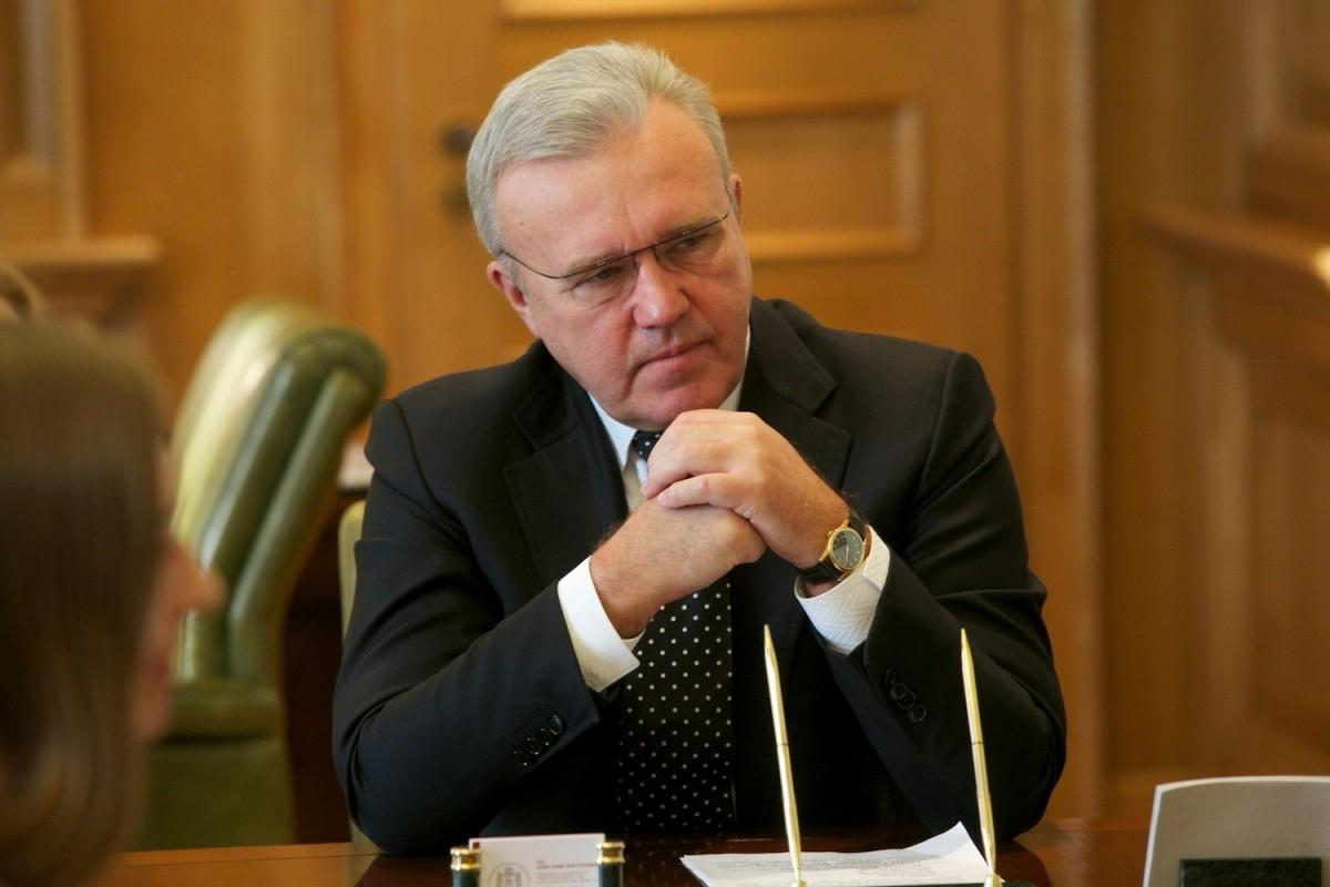 фото Месяц без полпреда: почему в Сибирь до сих пор не приехал представитель президента 3