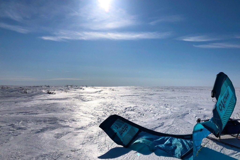 фото Сибирячка с напарницей проехали более 750 км на кайте по тундре и Северному Ледовитому океану 2