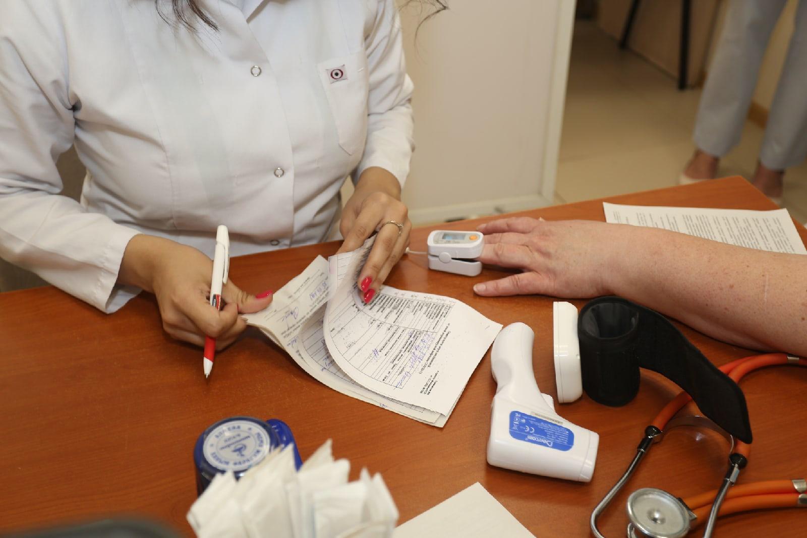 Фото В Новосибирской области власти предложат торговым центрам открывать пункты вакцинации от COVID-19 5