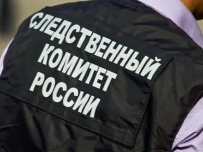 Фото Падение мужчины на рельсы в метро Новосибирска, аварийная посадка самолёта и колонны пограничников: главные новости 28 мая – в одном материале 5