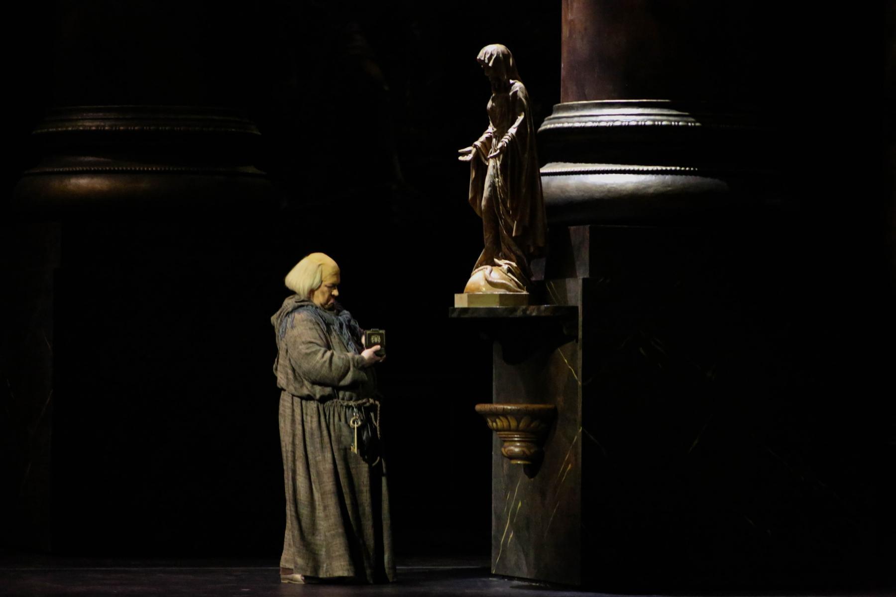 фото В НОВАТе состоялась генеральная репетиция главной премьеры сезона – оперы «Тоска» 4