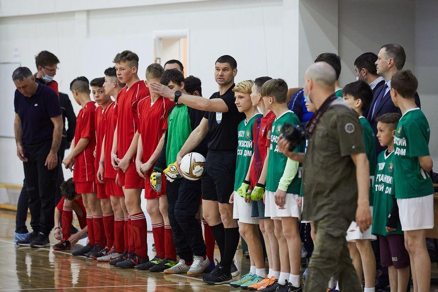 фото Путёвка в жизнь – футбол: благотворительный турнир от компании «МегаФон» прошёл в Новосибирске 9