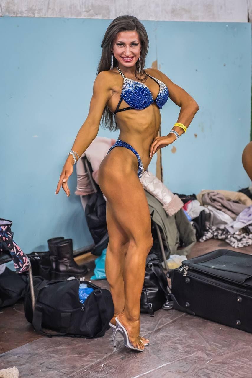 Фото «Успех зависит от питания»: спортсменка из Новосибирска раскрыла секрет кубиков на животе и развеяла мифы о похудении 2