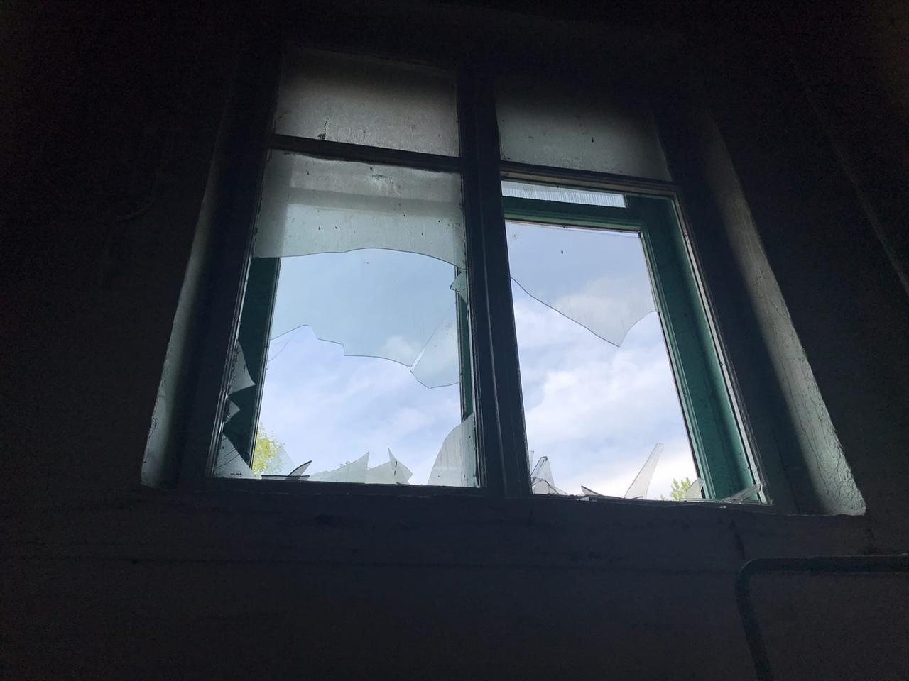 фото «Устроили балаган на весь дом, полиция не приехала»: что известно о пожаре с тремя погибшими в Новосибирске 4
