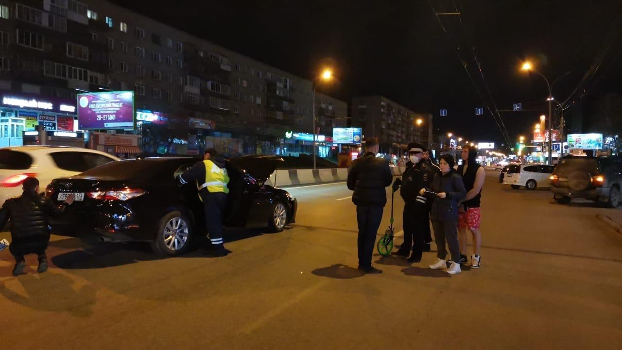 фото «С апреля уже 4 штрафа»: участник смертельного ДТП с «Киа Рио» в центре Новосибирска оказался заядлым гонщиком 3