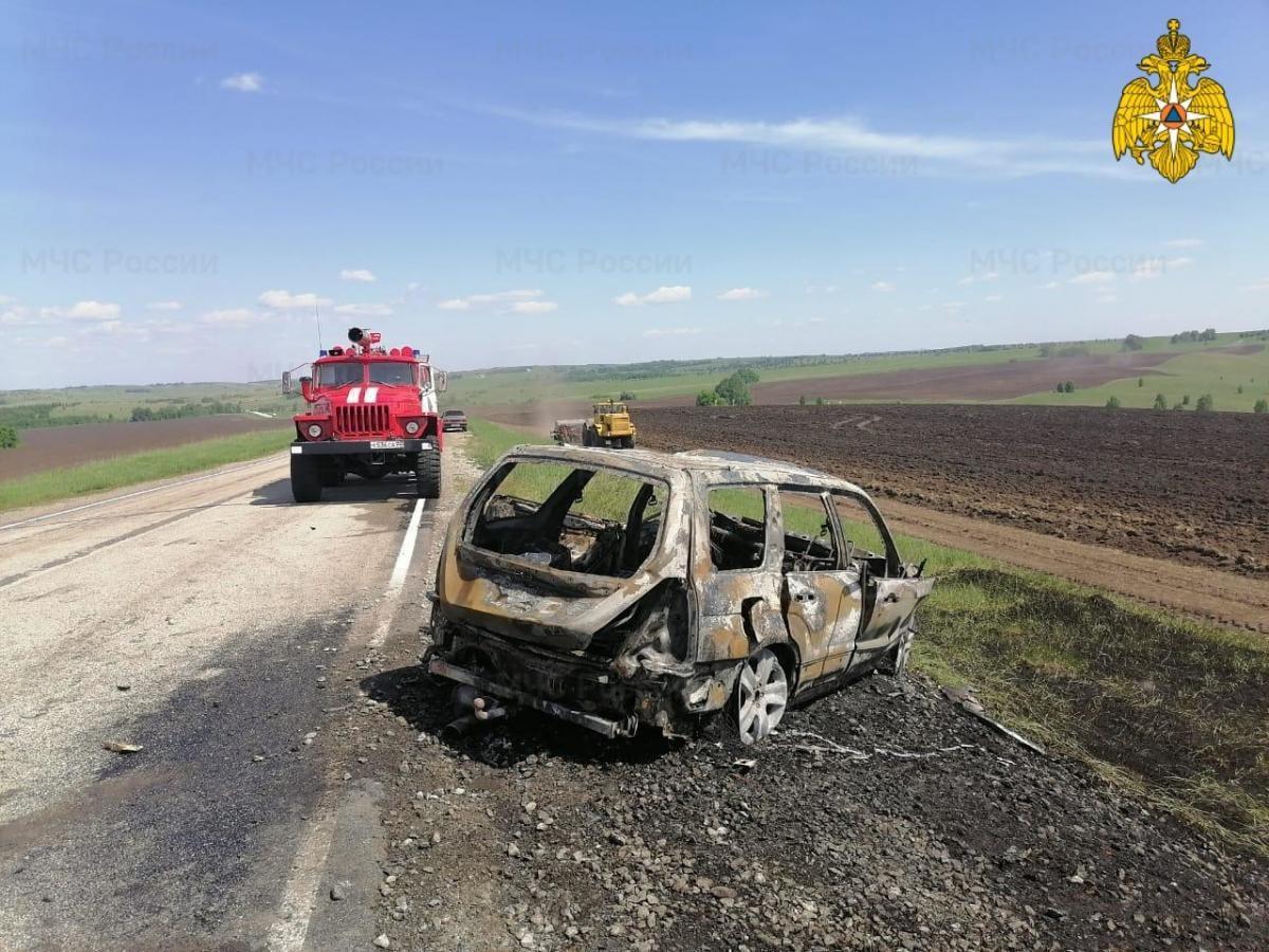 фото Человек заживо сгорел в ДТП на алтайской трассе 2