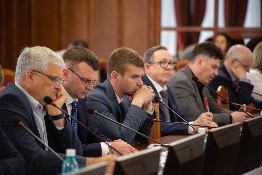 Фото Бороться за бюджет: депутаты Заксобрания добиваются увеличения финансирования строительной отрасли в регионе 2