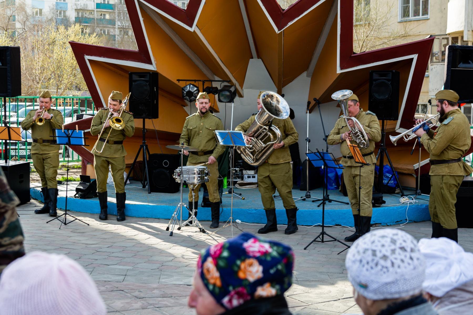 фото В Горском микрорайоне Новосибирска прошёл концерт в честь 9 Мая 4