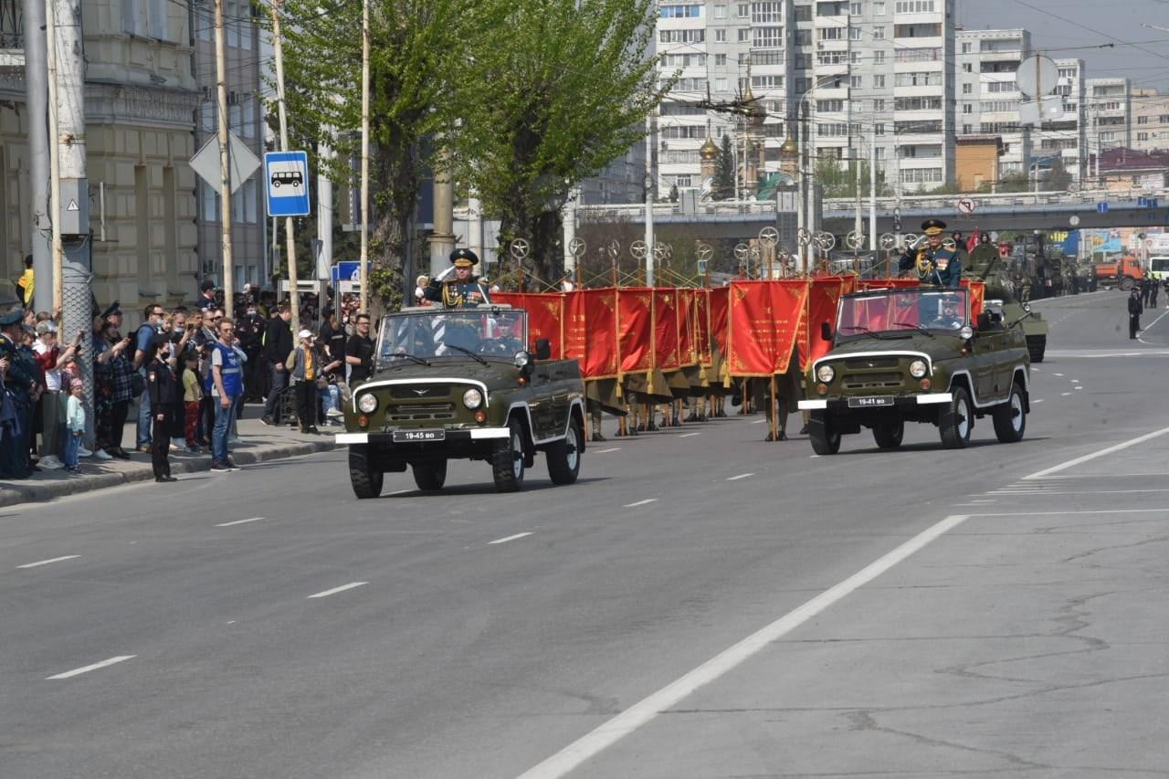 фото В Омске прошёл парад в честь 76-летия Победы 2