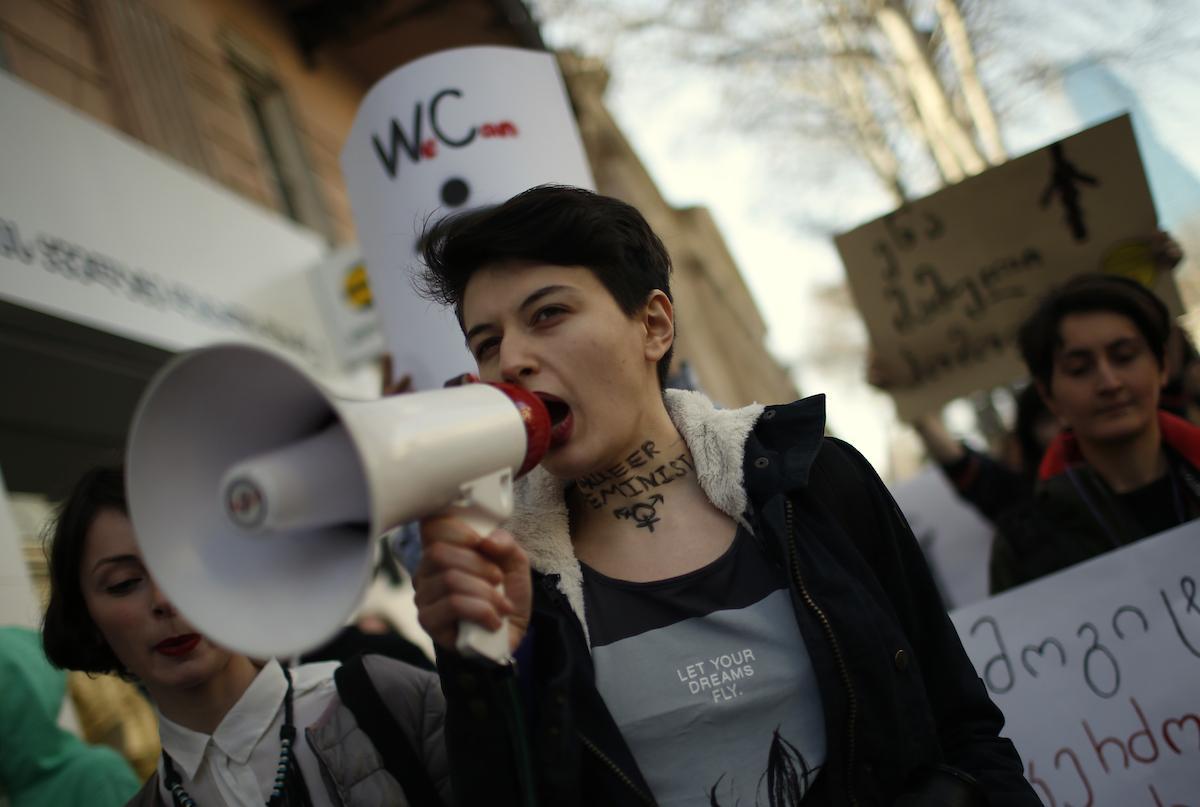 фото Мифы о феминизме. Почему для их развенчания нужны трагедии? 3