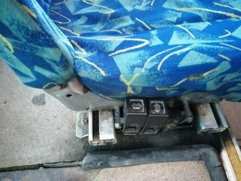 фото Новосибирцы пожаловались на состояние автобусов до Толмачёво 3