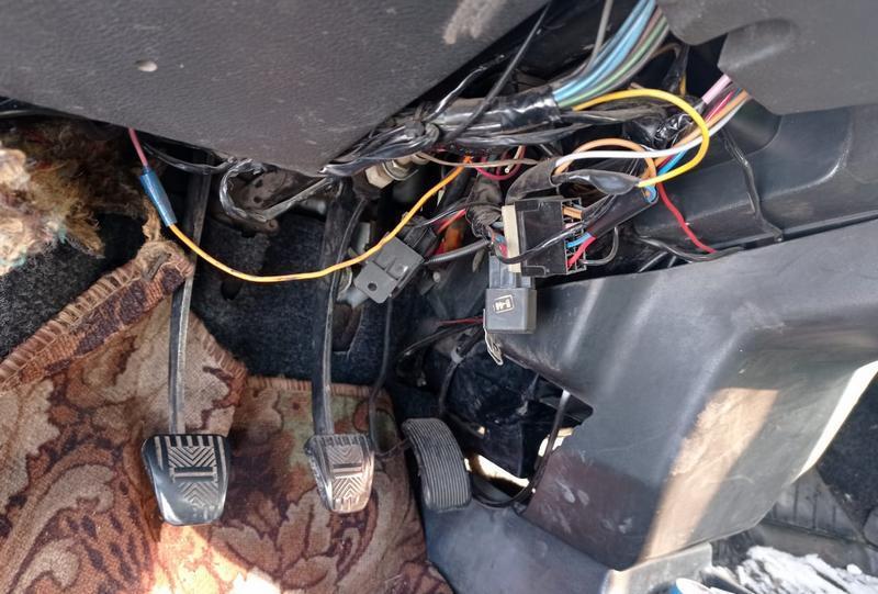 фото Отечественные ВАЗ и люксовые Prado: какие авто чаще всего угоняют в Новосибирске и как защититься от воров 2