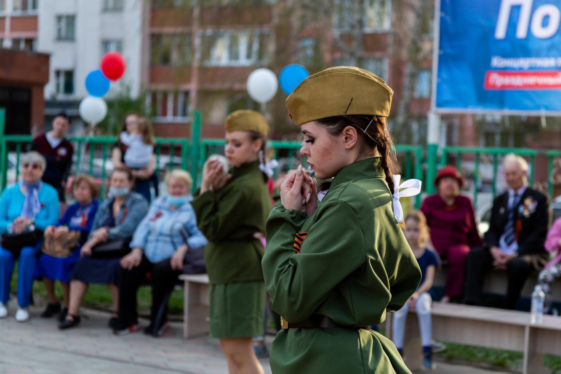 фото В Горском микрорайоне Новосибирска прошёл концерт в честь 9 Мая 6
