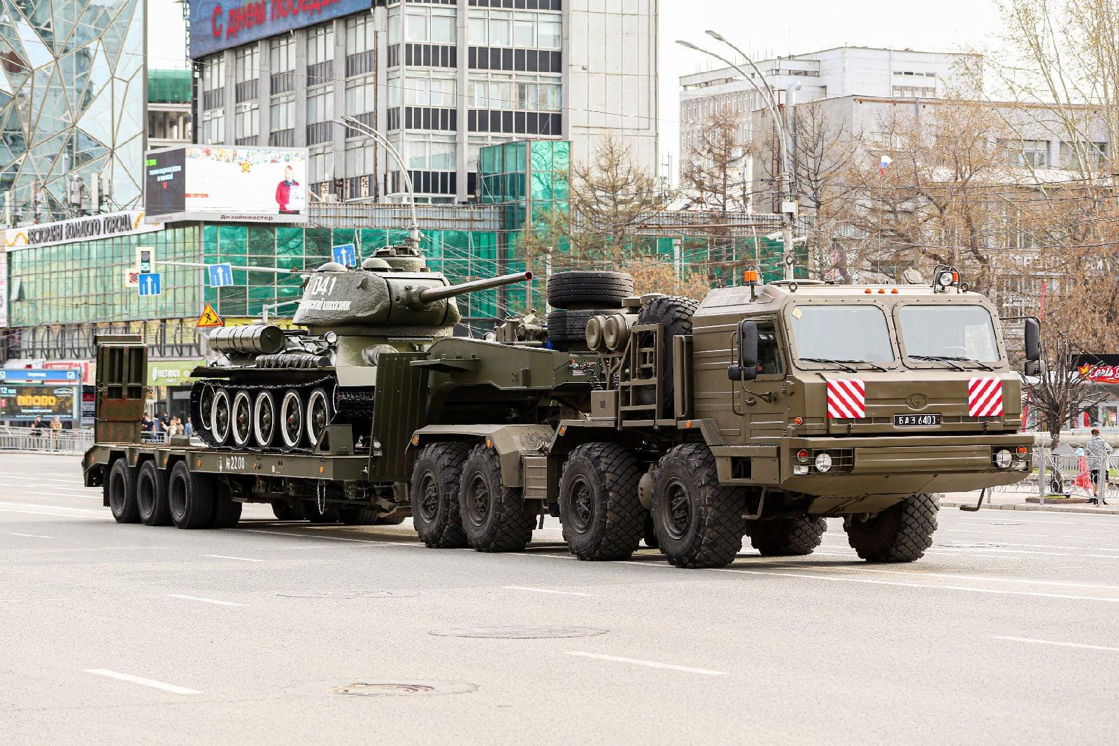 Фото Репетиция военного парада состоялась в Новосибирске 4