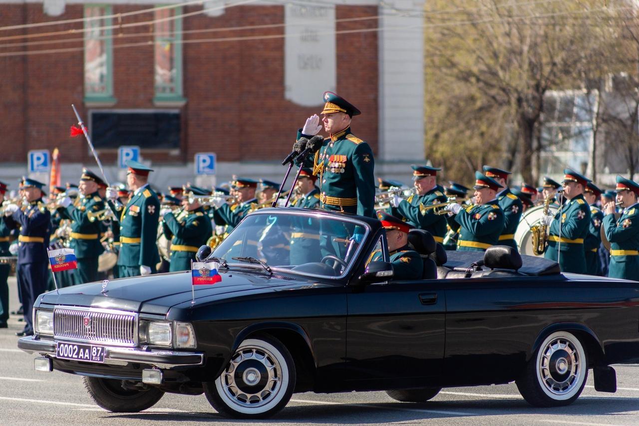 фото Военный парад Победы прошёл в центре Новосибирска 9 мая 3