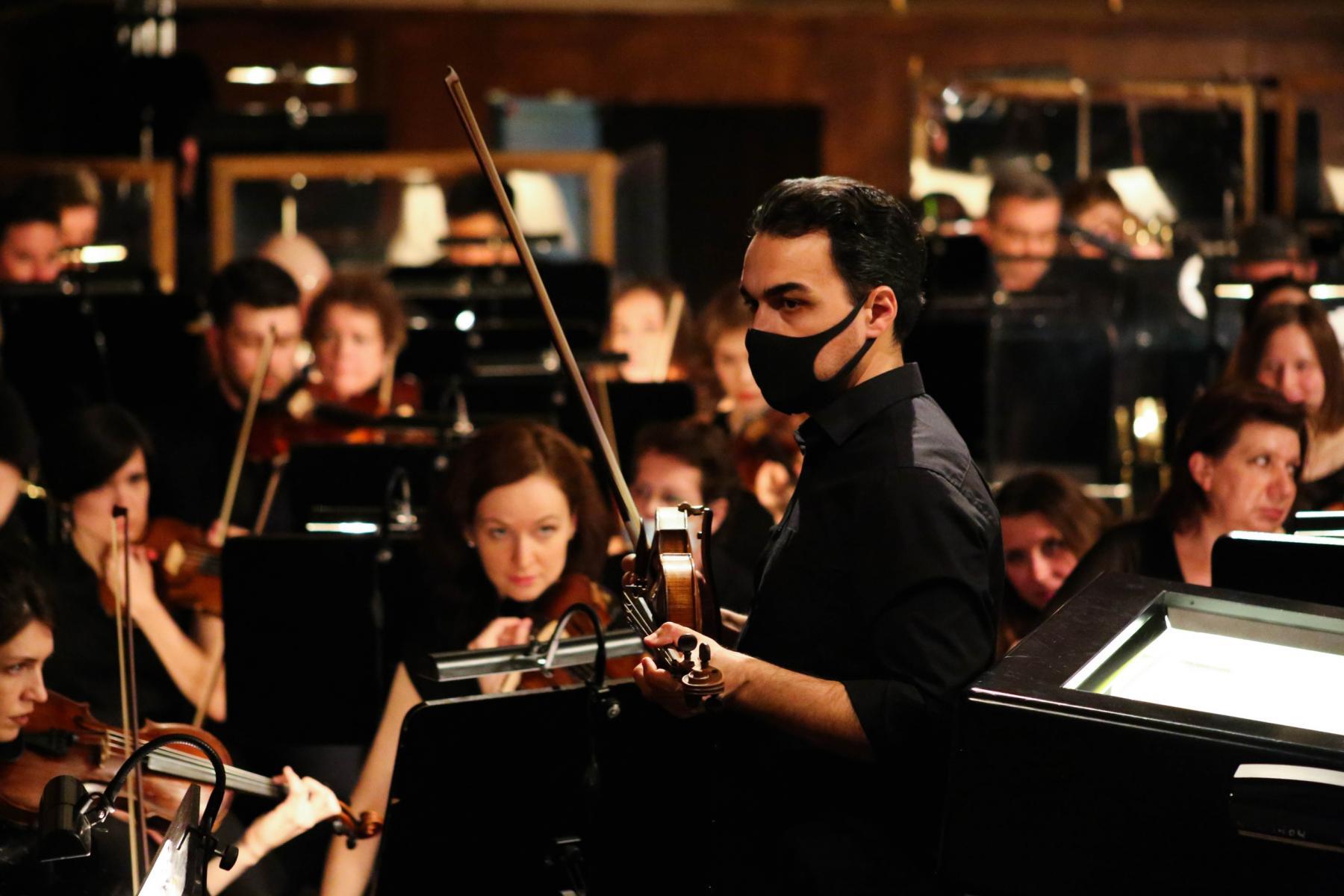фото В НОВАТе состоялась генеральная репетиция главной премьеры сезона – оперы «Тоска» 3