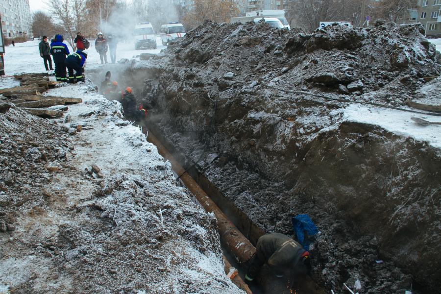 Фото «В доме с окон сосульки свисают!»: как на Северо-Чемском три дня выживали без отопления в 30-градусный мороз 4