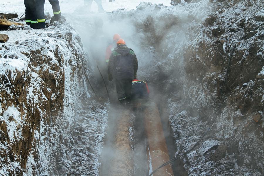 Фото «В доме с окон сосульки свисают!»: как на Северо-Чемском три дня выживали без отопления в 30-градусный мороз 6