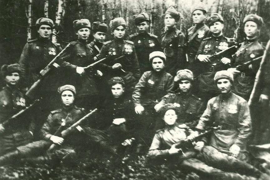 Фото «Штыки» и Сталин 2