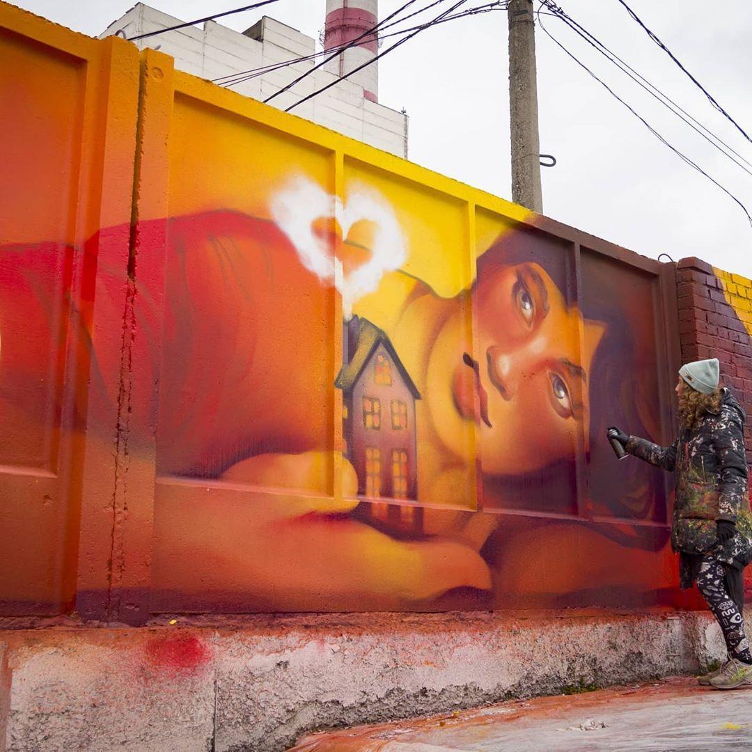 Фото «Тепло внутри»: новое граффити новосибирских художников украсило ТЭЦ-2 3