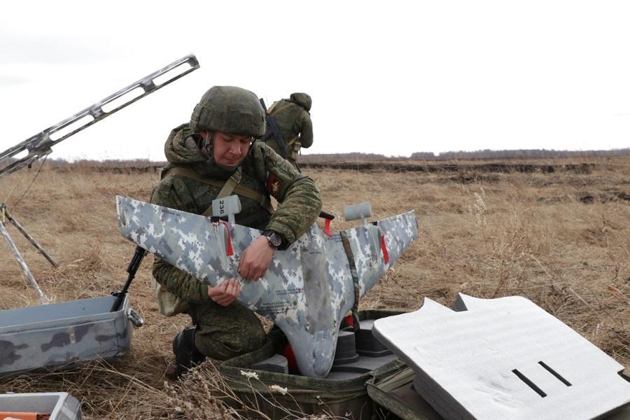 фото Военные подняли беспилотники в небо над Сибирью 2
