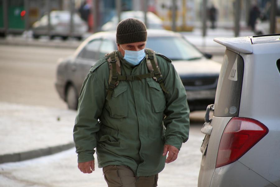 фото Первые морозы в Новосибирске: смотрим, как укутались горожане 3