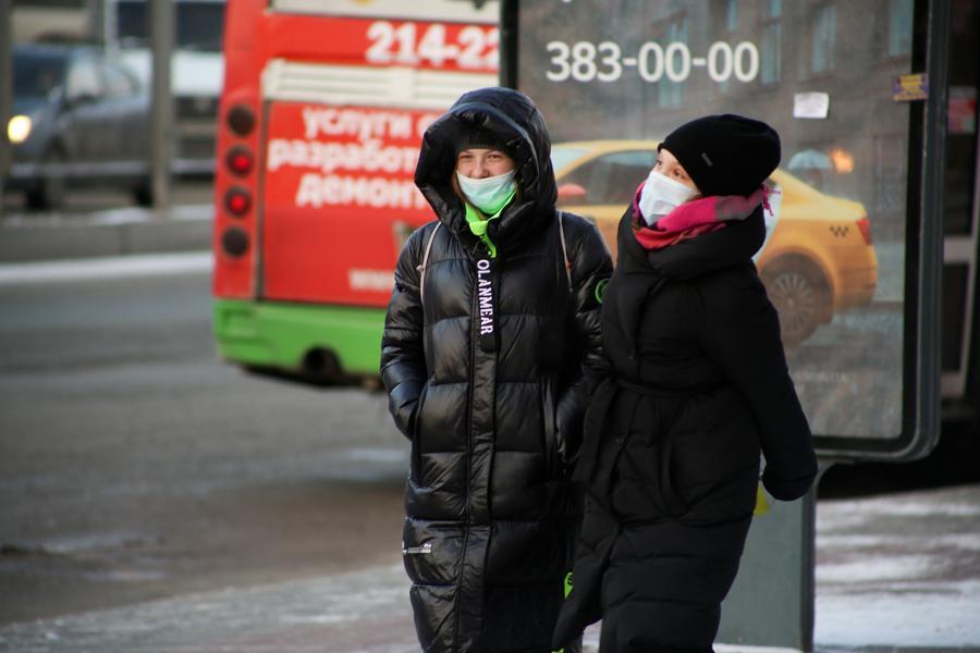 фото Первые морозы в Новосибирске: смотрим, как укутались горожане 11