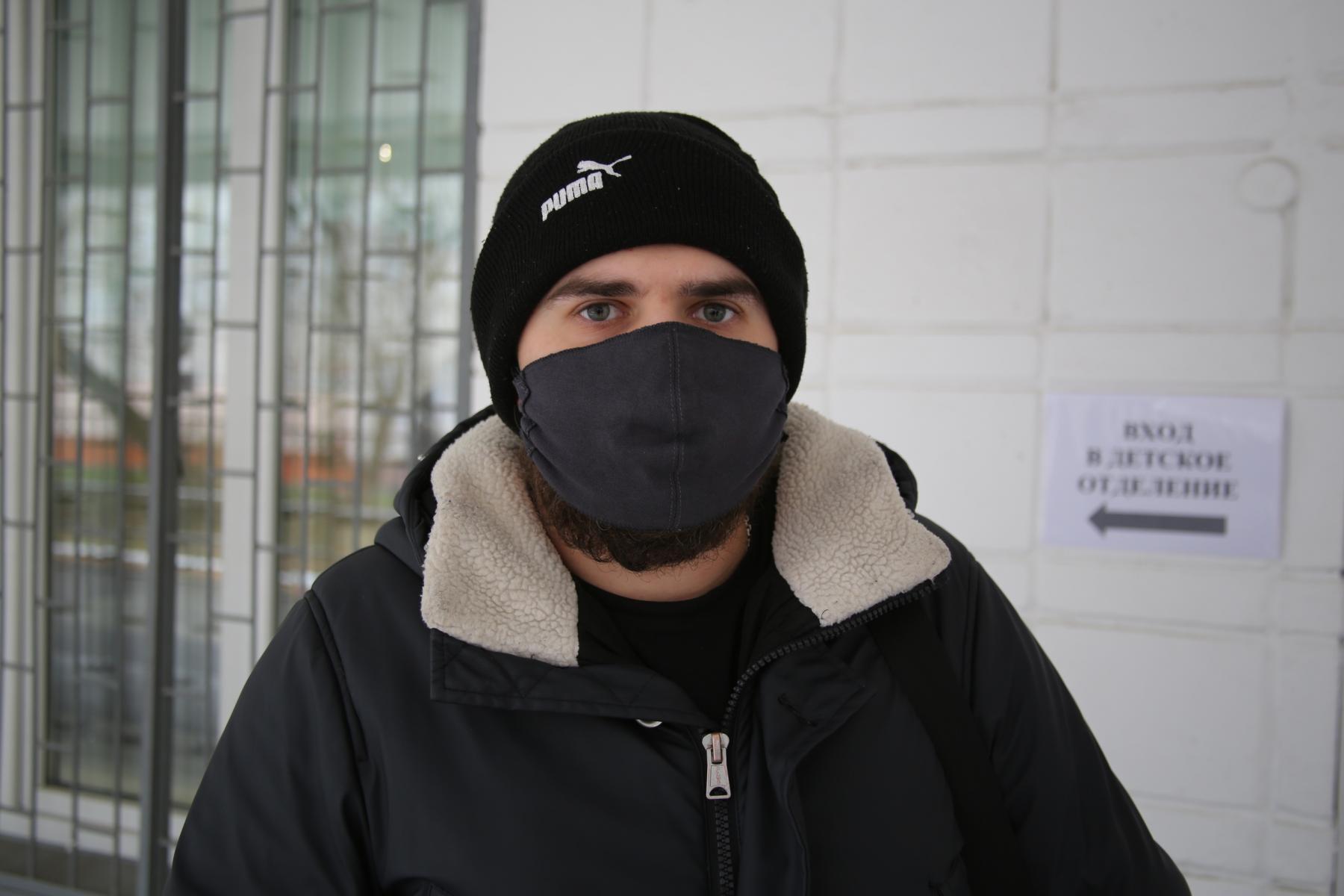 фото «Я не буду ставить на себе эксперименты»: что новосибирцы думают о российской вакцине от коронавируса 3