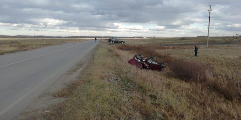Фото Выбросило из машины: в Новосибирской области произошла смертельная авария 2