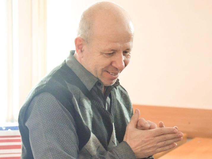 Фото Стала известна дата прощания с доцентом Алтайского госуниверситета, который скончался на пороге частной клиники 2