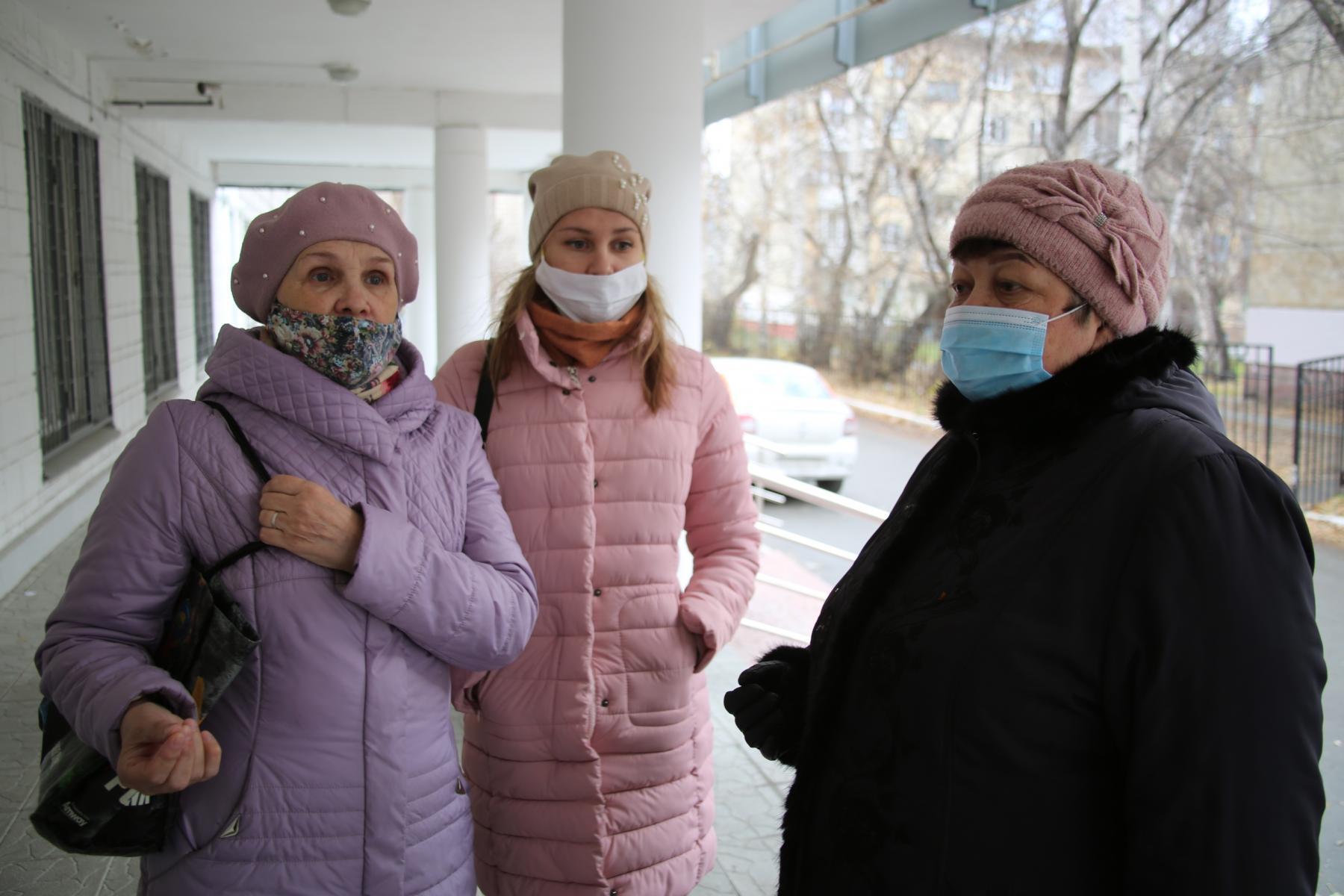 фото «Я не буду ставить на себе эксперименты»: что новосибирцы думают о российской вакцине от коронавируса 7