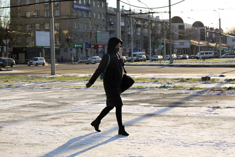 фото Первые морозы в Новосибирске: смотрим, как укутались горожане 7