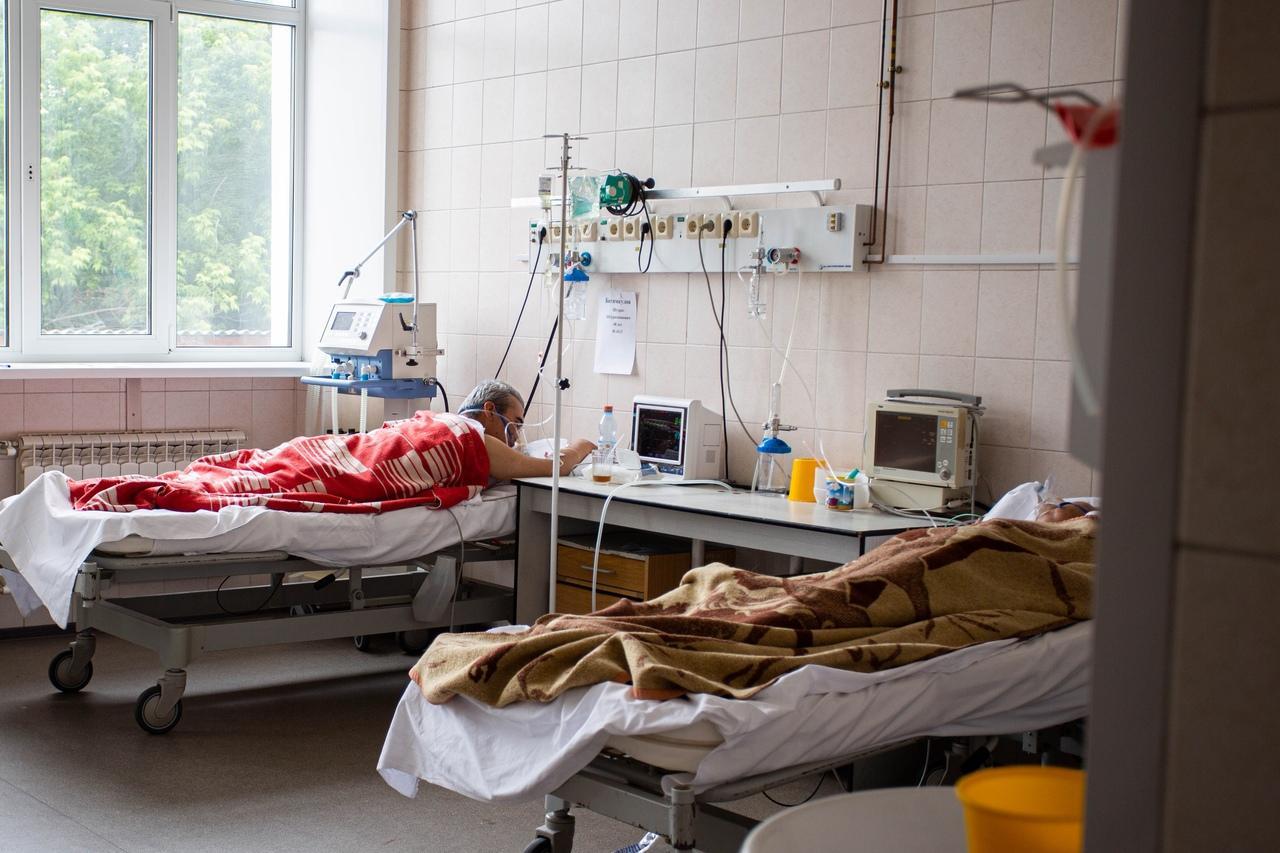 Фото «20 вдохов в минуту»: врач рассказал, как распознать коронавирус в домашних условиях 2