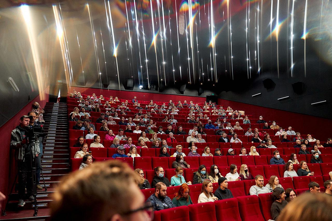 Фото Фильм «Моби» открыл фестиваль документального кино Beat Weekend в Новосибирске 3