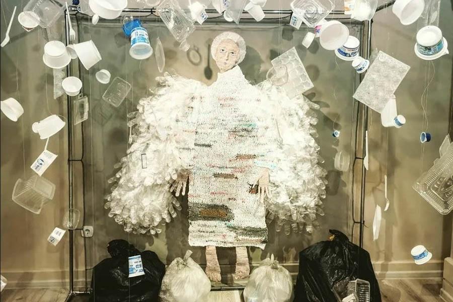 Фото Новосибирск: афиша на 8, 9 и 10 октября – театр кукольных старушек, выставка пластмассовых ангелов и стендап-комик Сергей Детков в ДК «Прогресс» 7