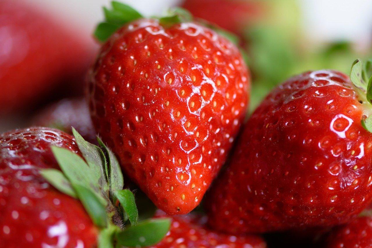 Фото Жрёт и не толстеет: названы три продукта, которые можно есть в неограниченном количестве 4