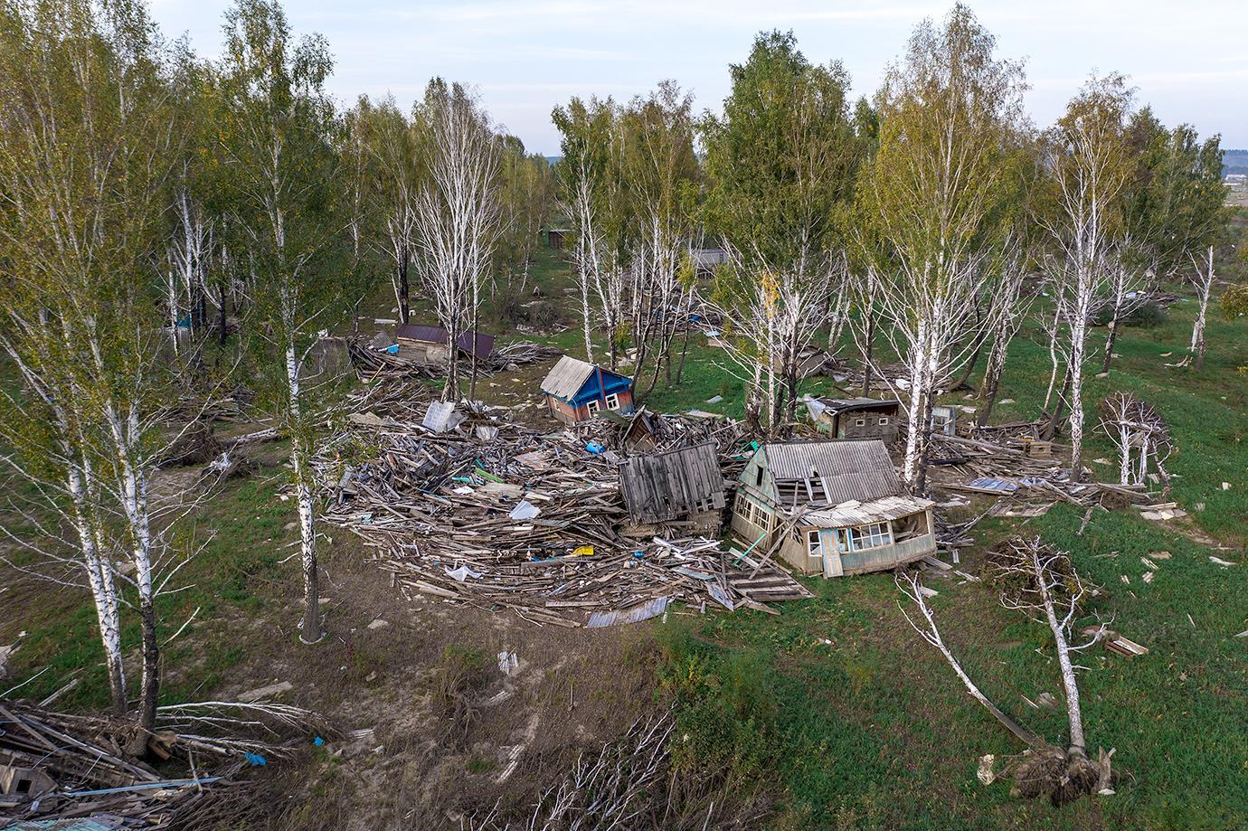 Фото Новосибирский фотограф показал тотальную разруху после наводнения в Тулуне 4
